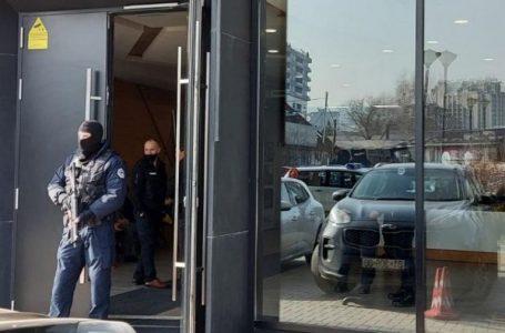 433 mijë euro, 600 dollarë, franga, lira turke e shumëçka tjetër u konfiskua nga aksioni i djeshëm