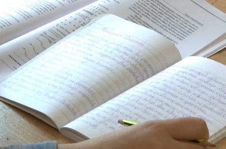 Mungesa e literaturës shqetësuese për nxënës e mësimdhënës