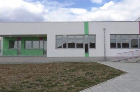 """Përurohet objekti i ri i shkollës """"Luigj Gurakuqi"""" në Korenicë"""