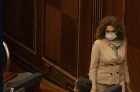 Albena Reshitaj edhe sot paraqitet në seancën për Presidentin