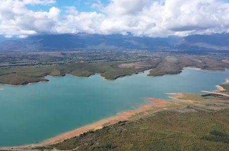 """Fshatrat që u bënë me ujë të pijes nga K.R.U """"GJAKOVA"""""""