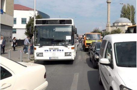Komuna e Prishtinës do t'i subvencionojë me 400 mijë euro kompanitë private të autobusëve