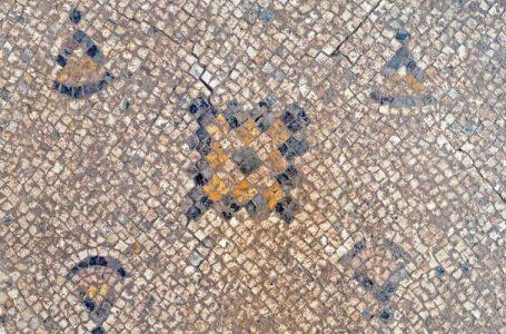 Mozaiku 1 mijë e 600 vjet i vjetër në Izrael