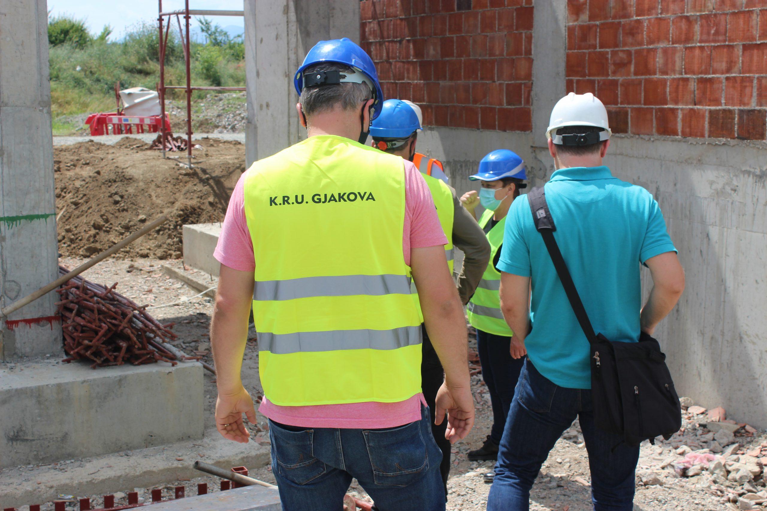 Vazhdojnë punimet për ndërtimin e Impiantit për trajtimin e ujërave të ndotura në Gjakovë