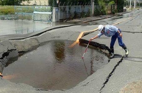 Shfaqja e anomalive në tokë para tërmeteve, shkencëtarët zbulojnë arsyen