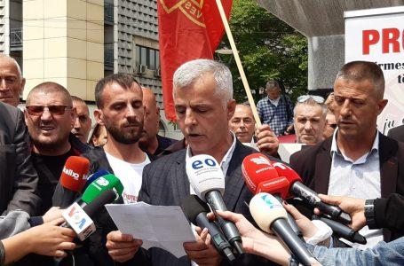 Klinaku: Jemi këtu për njerëzit që nuk ia dinë vlerën lirisë, përfshirë edhe ministrat