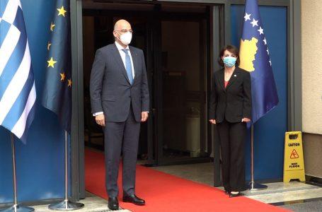 Greqia nuk e njeh pavarësinë e Kosovës, por përkrah dialogun dhe vizat