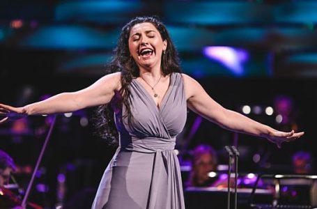 Shkëlqen me performancën ,Elbenita Kajtazi prezanton Kosovën në BBC Cardiff Singer of the World