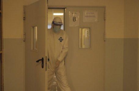 Aktualisht 79 pacientë me COVID-19 po trajtohen në SHSKUK