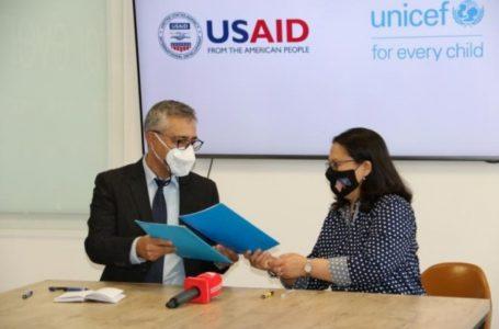 UNICEF dhe USAID në Kosovë synojnë vaksinimin e të gjithë qytetarëve të Kosovës