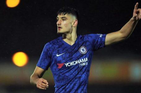 Chelsea dhe Broja do të nënshkruajnë kontratë të re, shqiptari do të jetë për pesë vite te klubi londinez