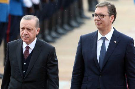 Njohjet e reja për Kosovën, Vuçiq bisedë telefonike me Erdoganin