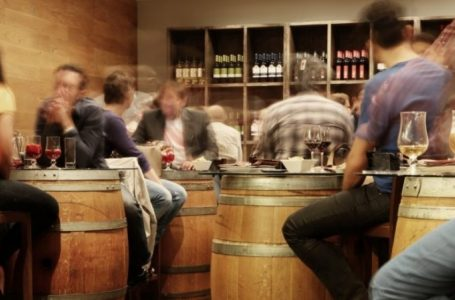Sa qëndron alkooli në trup?