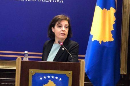 Pritet dorëheqja e ministres Donika Gërvalla