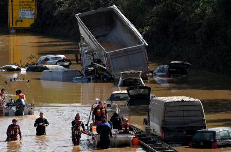 Shkon në 180 numri i viktimave nga përmbytjet në Evropën Perëndimore
