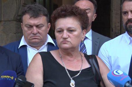 Dragica Gashiq pretendon se i është thyer banesa në Gjakovë