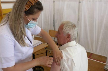 Qendra e Vaksinimit në Gjakovë për tri orë mbetet pa rrymë