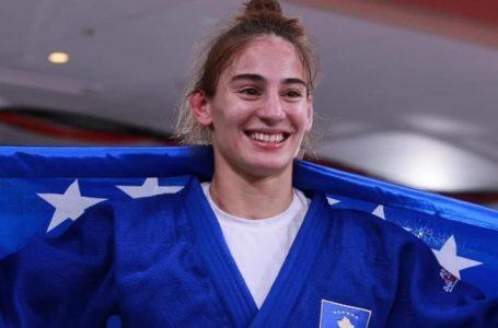 IJF-ja pas triumfit të Nora Gjakovës: Vazhdon trendi legjendar për ekipin e vajzave kosovare