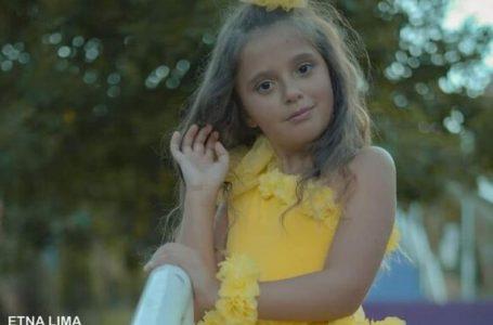 Etna Lima, këngë kushtuar nënës