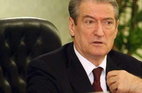 Berisha akuzon rëndë Ramën, e quan argat shqipfolës të Vuçiqit