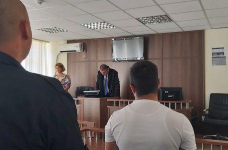 Gjakovë, 2 vjet burgim dhe 1000 euro gjobë për posedim, shpërndarje dhe shitje të paautorizuar të narkotikëve