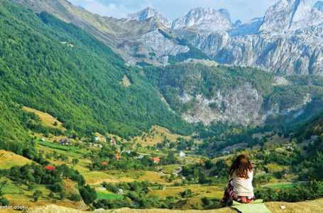 Vendi ideal për personat e dashuruar pas malit