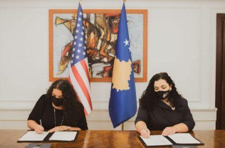 Osmani nënshkruan amandamentin 2 të Marrëveshjes së Grantit me SHBA-në, 3.8 milion dollarë shtesë për Kosovën