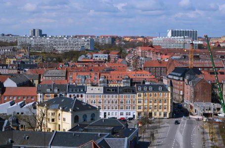 Danimarka shfuqizon të gjitha masat kundër COVID-19