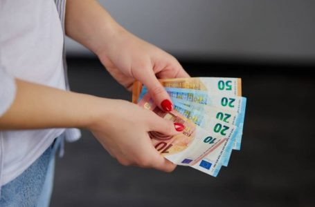 Mbi 1 milion bashkatdhetarë erdhën në Kosovë, shpenzuan rreth 500 milionë euro