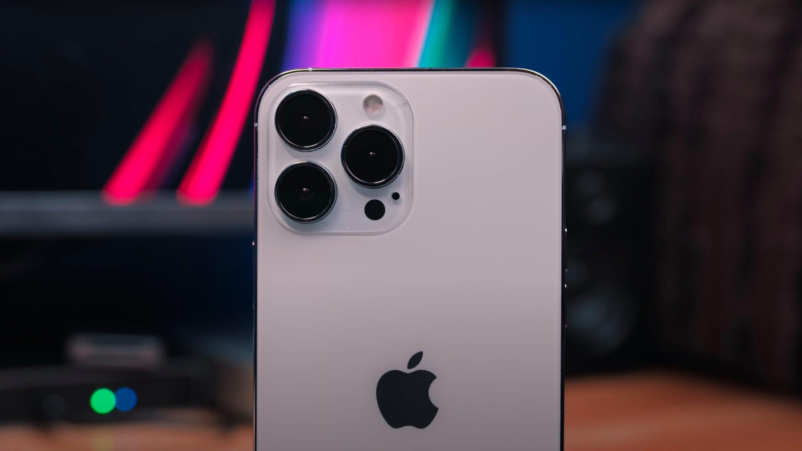 """Iphone i ri pritet të ketë """"kapacitet të çmendur"""" të memories"""