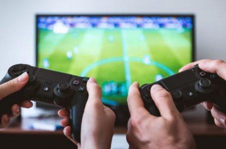 Kina ua kufizon qasjen të rinjve në videolojëra – vetëm tri orë në javë