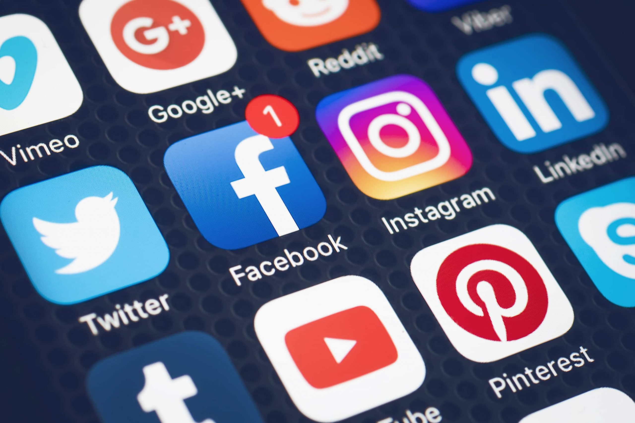 Gjashtë gjërat që nuk duhet t'i shpërndani në rrjetet sociale