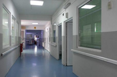 Bie numri i të infektuarëve me Covid-19 në spitalin e Gjakovës