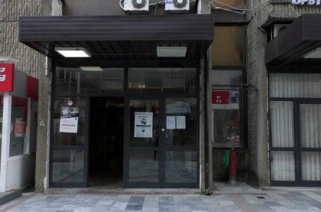 Nuk u lejohet hyrja në komunë disa punëtorëve që nuk respektuan vendimin e qeverisë