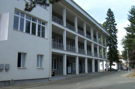 """Gjendja me Covid-19 në spitalin e përgjithshëm """"Isa Grezda"""" ka filluar të normalizohet"""