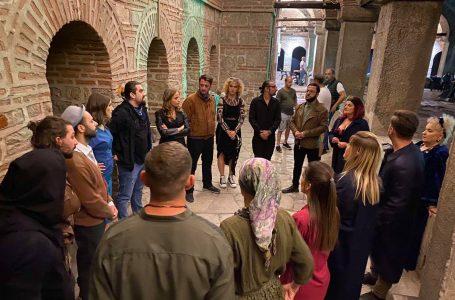 """Teatri """"Hadi Shehu"""" do të përfaqësojë Kosovën në festivalin ndërkombëtar 'SkupiFestival'"""