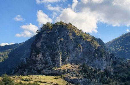 Kepi i Skënderbeut, porta hyrëse e bukurive magjike për udhëtarët e natyrës