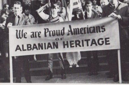 Krenari shqiptare në seminarin ndërkombëtar të 'Vatrës' në vitin 1969 (FOTO)
