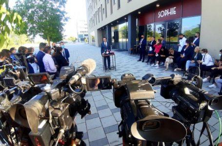 """""""Kosova bën teori konspiracioni"""", Kurti i kundërpërgjigjet Ramës: Nuk e di për çfarë po flet"""