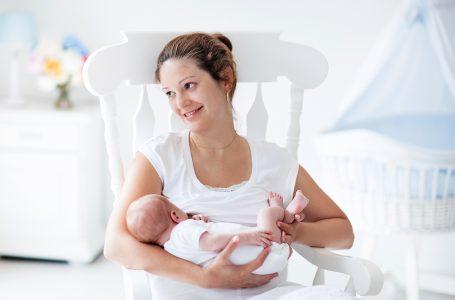 Çfarë nuk duhet të konsumojë një nënë që ushqen fëmijën me gji?