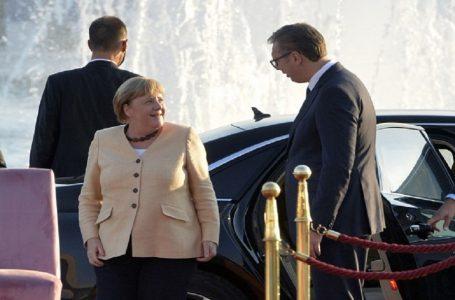 Pas takimit me Merkel, Vuçiq: S'ka hyrje të Serbisë në BE pa zgjidhjen e çështjes së Kosovës