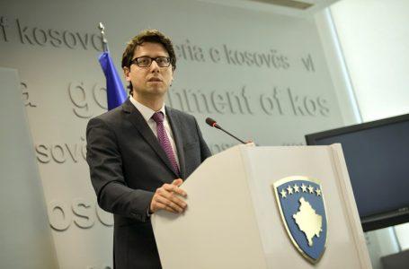 Ministri Murati publikon borxhet e 10 komunave