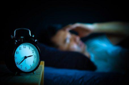 Një kohë të gjatë rrotulloheni në krevat dhe nuk mund flini gjumë? Keni ngrënë ushqim të gabueshëm