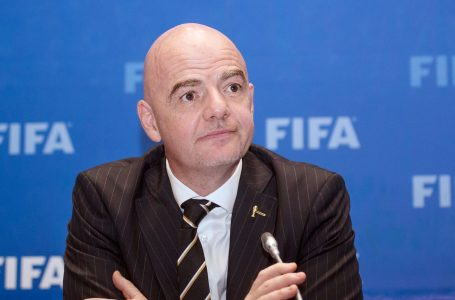 FIFA ndëshkon 5 klube të Premier Ligës