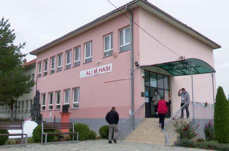"""2541 qytetarë kanë të drejtë vote në qendrën e votimit """"Ali Hasi"""" në Cërmjan"""