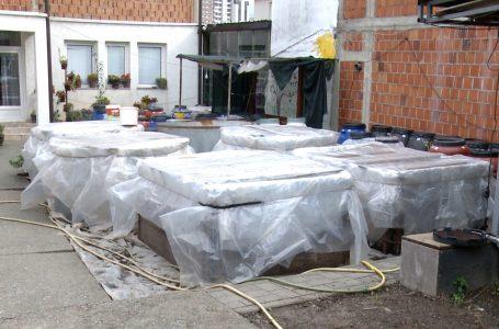 Sekuestrohen 15 mijë litra pije alkoolike nga dogana në komunën e Gjakovës