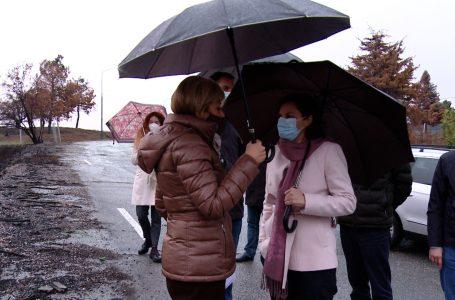 Kusari – Lila njofton ministren e ekonomisë mbi planet për parqet industriale në Gjakovë