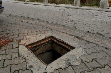 Vjedhja e kapakëve të pusetave, dukuri e vazhdueshme në Gjakovë