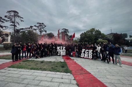 Kuqezinjët e Jakovës nisen drejt Shqipërisë