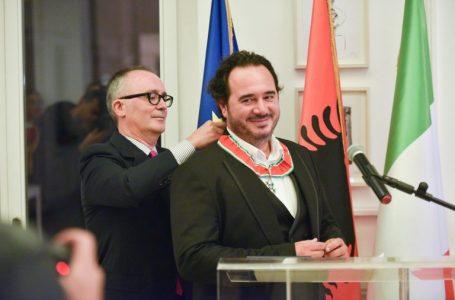 Violinisti shqiptar Olen Cesari dekorohet nga Presidenti i Italisë